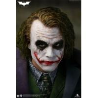 DC Comics: The Dark Knight - The Joker Artist Edition 1:4 Scale Statue Queen Studios Product