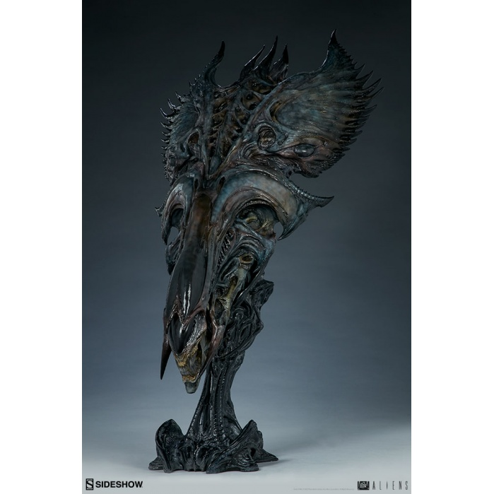 Aliens: Alien Queen Mythos Legendary Scale Bust Sideshow Collectibles Product