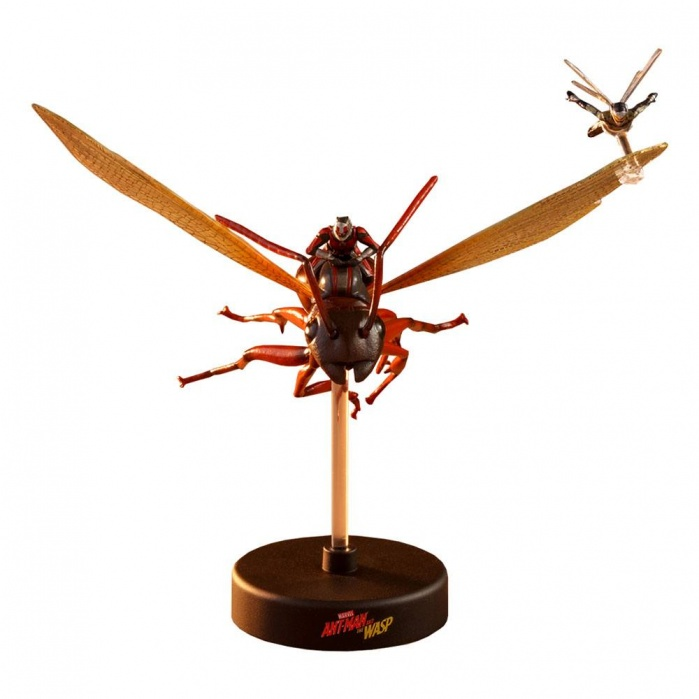 Ant-Man & The Wasp  on Flying Ant Hot Toys Product