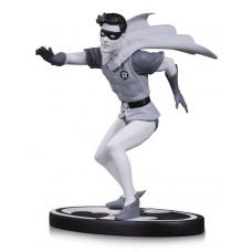 Batman Black & White Statue Robin by Carmine Infantino | DC Collectibles
