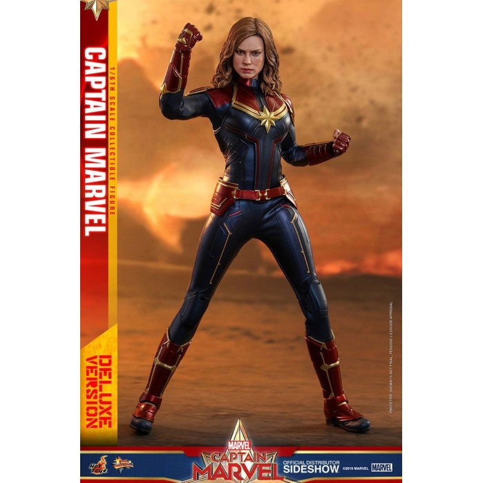 Captain Marvel Deluxe Ver. 1/6 Figure Hot Toys Product