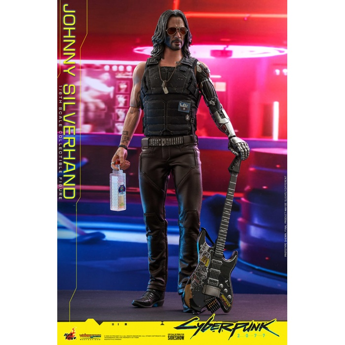 Cyberpunk 2077: Johnny Silverhand 1:6 Scale Figure Hot Toys Product