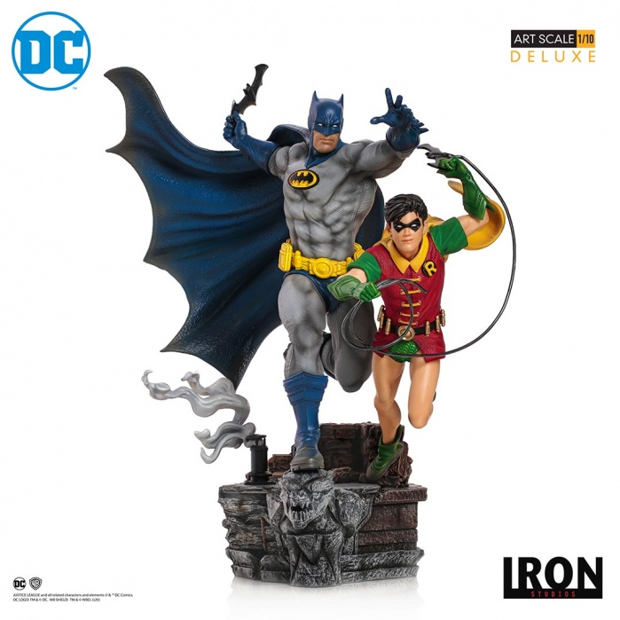 DC Comics: Batman and Robin 1:10 Scale Statue by Ivan Reis Iron Studios Product