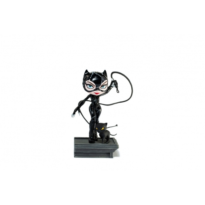 DC Comics: Batman Returns - Catwoman Minico PVC Statue Iron Studios Product