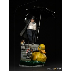 DC Comics: Batman Returns - The Penguin Deluxe 1:10 Scale Statue | Iron Studios