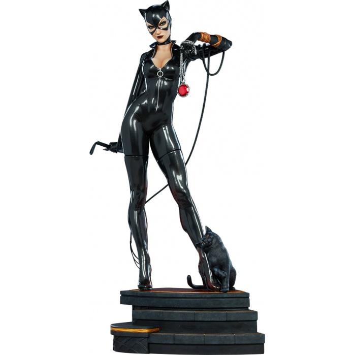 DC Comics: Catwoman Premium 1:4 Scale Statue Sideshow Collectibles Product
