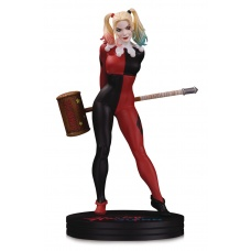 DC Comics: Cover Girls - Harley Quinn Statue by Frank Cho Diamond Select Toys Product Image