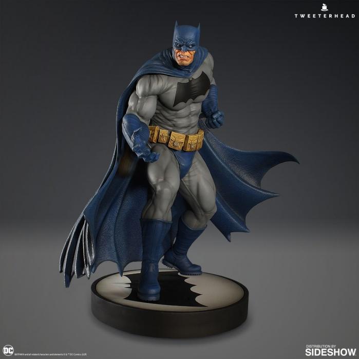 DC Comics: Dark Knight Batman 12.5 inch Maquette Tweeterhead Product