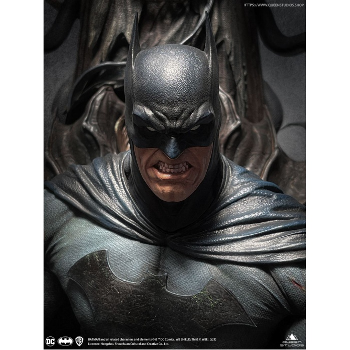 DC Comics: Dark Nights Metal - Premium Batman on Throne 1:4 Scale Statue Queen Studios Product