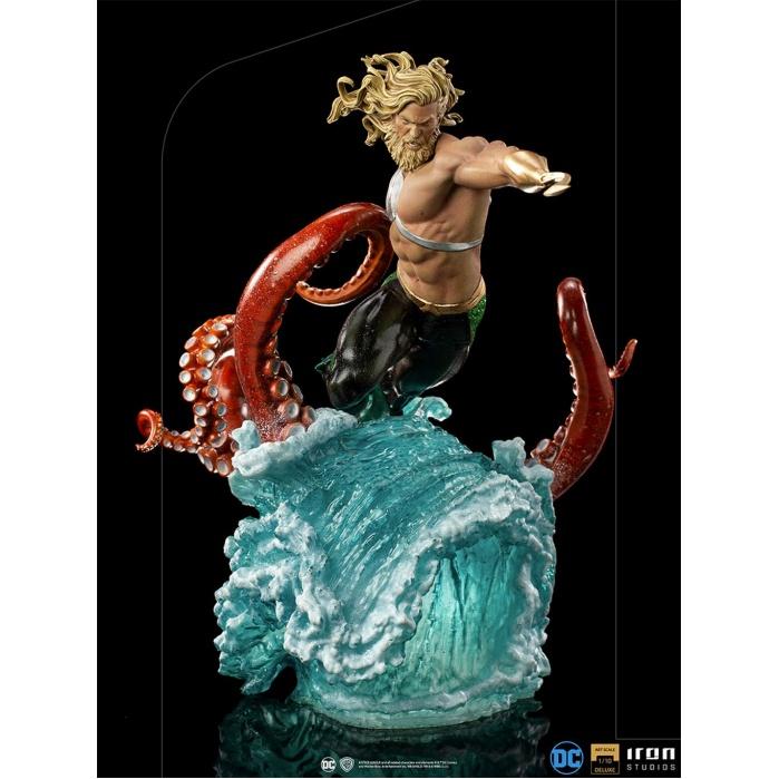 DC Comics: Deluxe Aquaman 1:10 Scale Statue Iron Studios Product