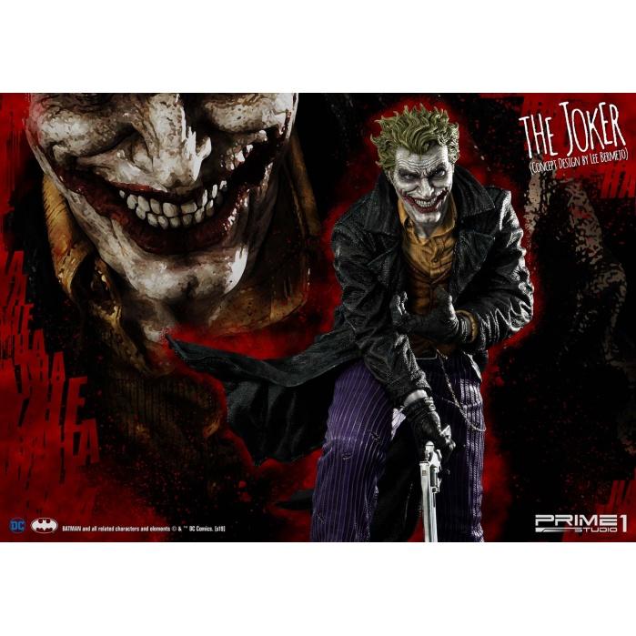 DC Comics: Deluxe The Joker Statue Prime 1 Studio Product
