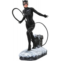 DC Comics Gallery: Batman Returns - Catwoman PVC Statue Diamond Select Toys Product