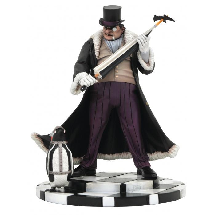 DC Comics Gallery: Comic Penguin PVC Statue Diamond Select Toys Product