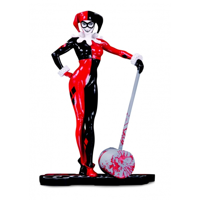 DC Comics: Harley Quinn Red White and Black Statue Diamond Select Toys Product