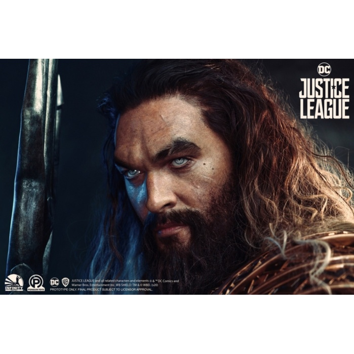 DC Comics: Justice League - Aquaman Life Sized Bust Infinity Studio Product