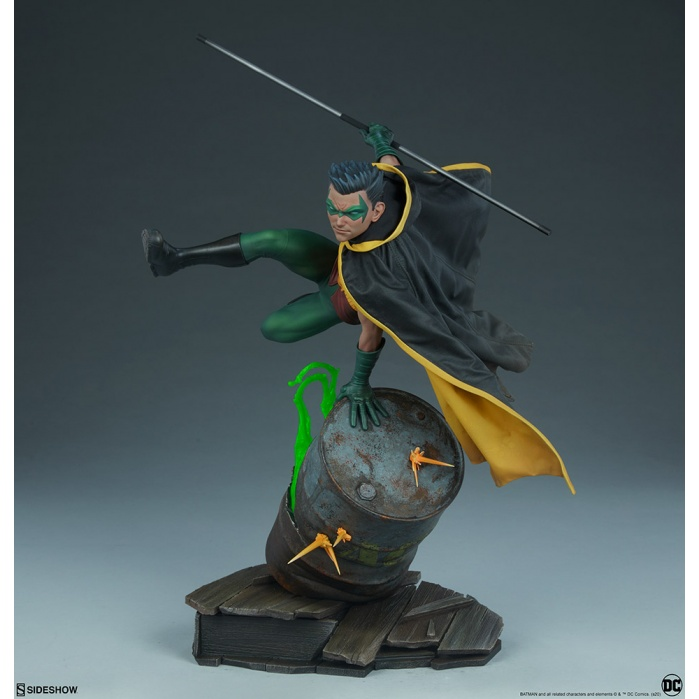 DC Comics: Robin Premium Statue Sideshow Collectibles Product