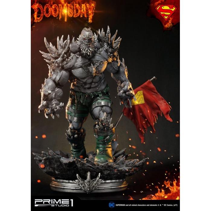 DC Comics Statue Doomsday 97 cm Prime 1 Studio Product