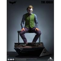 DC Comics: The Dark Knight - Joker Special Version 1:3 Scale Statue Queen Studios Product