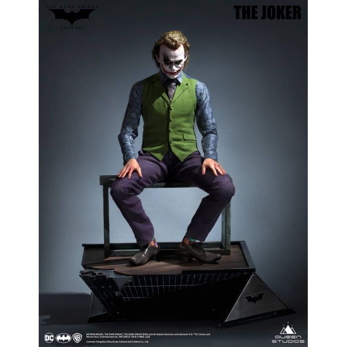 DC Comics: The Dark Knight - Joker Special Version 1:3 Scale Statue Queen Studios Product