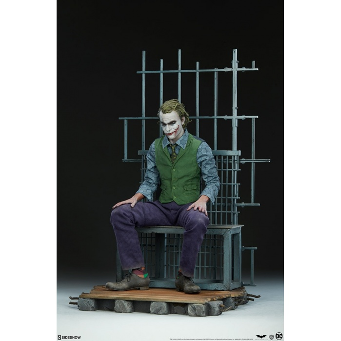 DC Comics: The Dark Knight - The Joker Premium Statue Sideshow Collectibles Product
