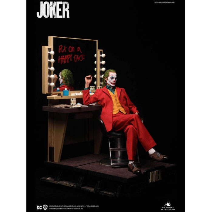 DC Comics: The Joker - Deluxe Arthur Fleck 1:3 Scale Statue Queen Studios Product