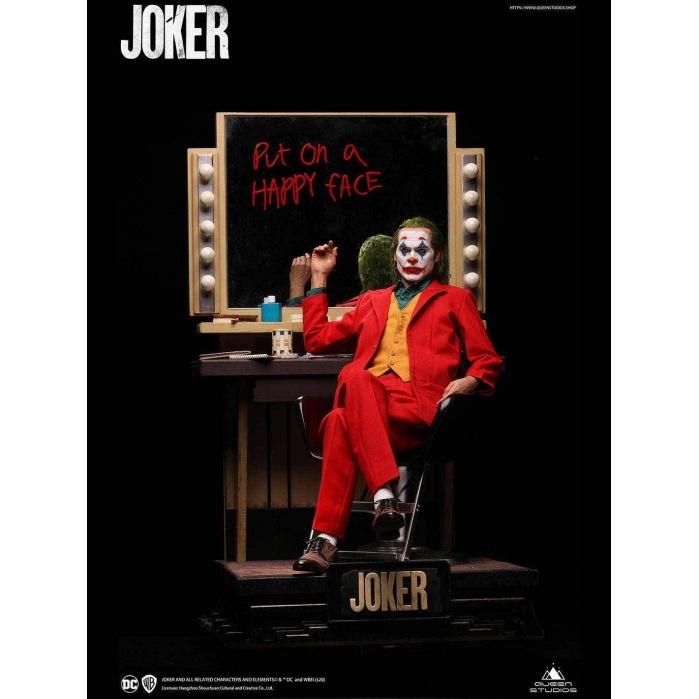 DC Comics: The Joker - Premium Arthur Fleck 1:3 Scale Statue Queen Studios Product