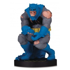 DC Designer Series Statue Batman by Frank Miller | DC Collectibles