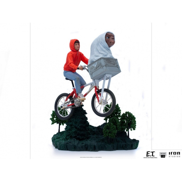 E.T. the Extra-Terrestrial: E.T. and Elliot 1:10 Scale Statue Iron Studios Product