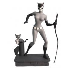 Femme Fatales PVC Statue Black & White Catwoman EU Exclusive | Diamond Select Toys
