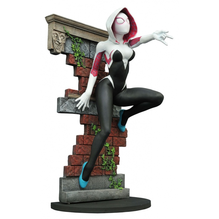 Femme Fatales Spider-Gwen Diamond Select Toys Product