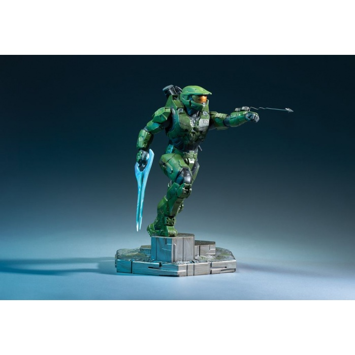 Halo Infinite: Master Chief with Grappleshot PVC Statue Dark Horse Product