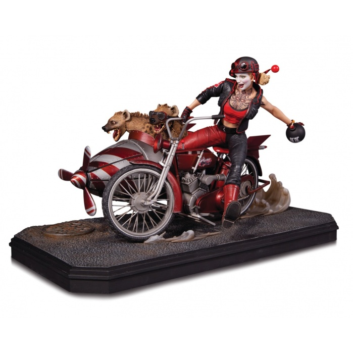 Harley Quinn Deluxe  statue DC Collectibles Product