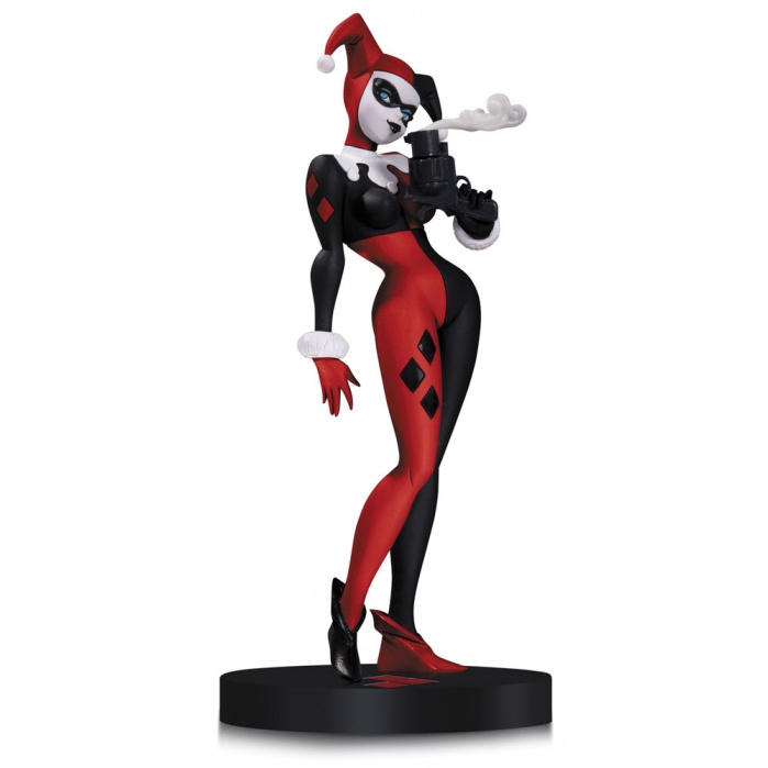Harley Quinn  Statue by Bruce Timm DC Collectibles Product