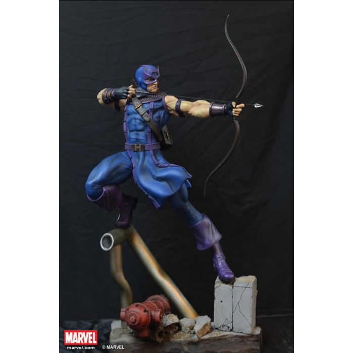 Hawkeye Statue (Comics Version) XM Studios Product