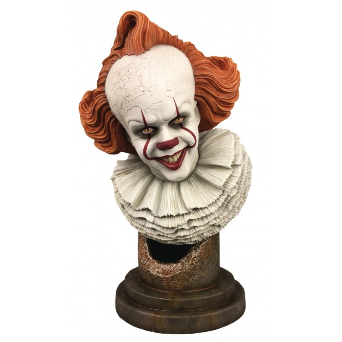 IT 2 Legends in 3D: Pennywise 1:2 Scale Bust Diamond Select Toys Product