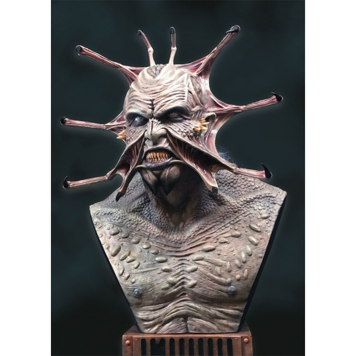 Jeepers Creepers: The Creeper Life Sized Bust Hollywood Collectibles Group Product