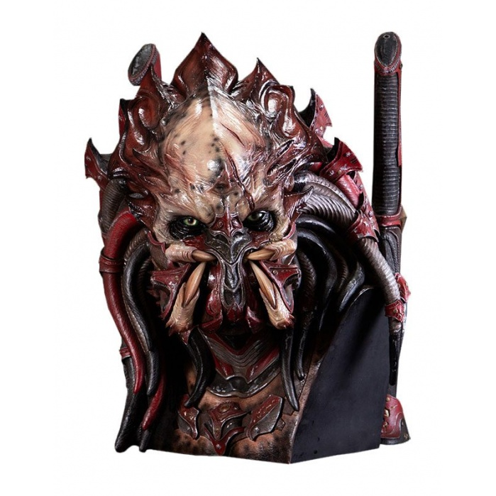 Kagero Predator Bust 64 cm CoolProps Product