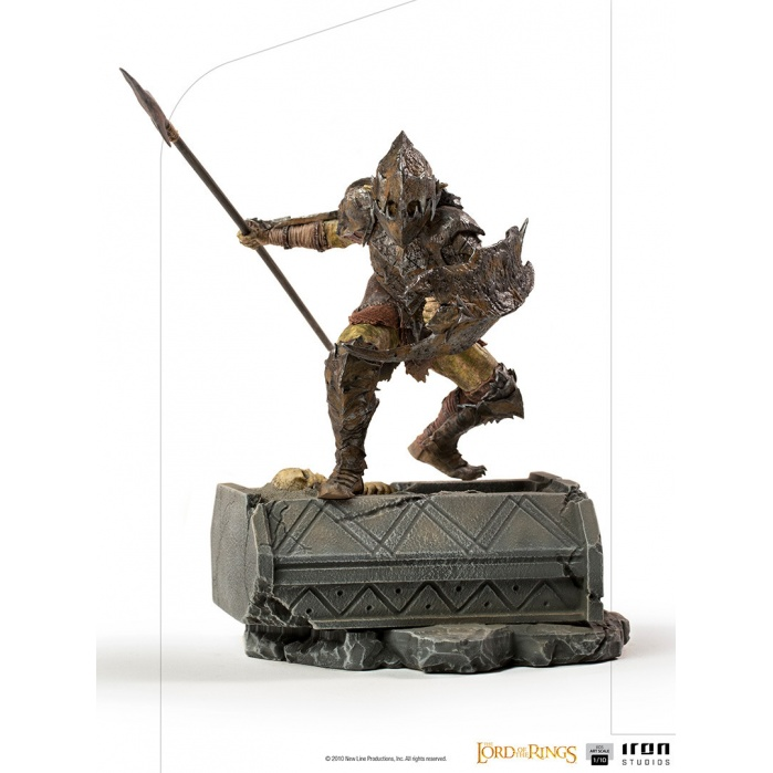 Lord of the Rings: Armored Orc 1:10 Scale Statue Iron Studios Product