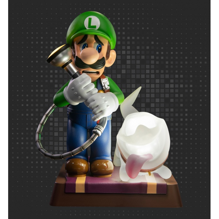 Luigi's Mansion 3: Luigi 9 inch PVC Collector's Edition First 4 Figures Product