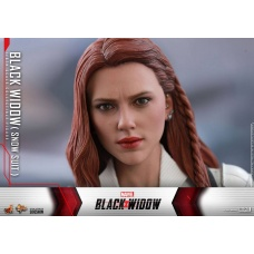 Marvel: Black Widow - Black Widow Snow Suit 1:6 Scale Figure   Hot Toys