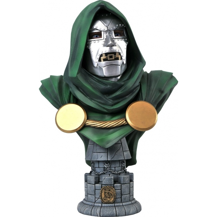 Marvel: Legends in 3D - Dr. Doom 1:2 Scale Bust Diamond Select Toys Product