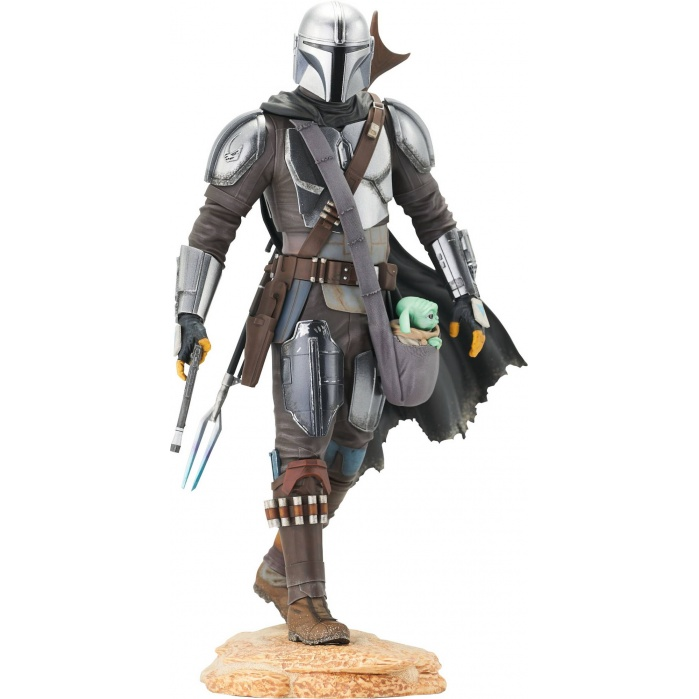 Star Wars Premier: The Mandalorian - The Mandalorian with Child Statue Gentle Giant Studios Product