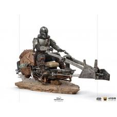 Star Wars: The Mandalorian - The Mandalorian on Speederbike Deluxe 1:10 Art Scale Statue | Iron Studios