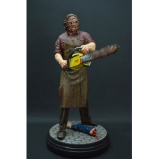 Texas Chainsaw 3D Statue 1/4 Leatherface 51 cm | Hollywood Collectibles Group