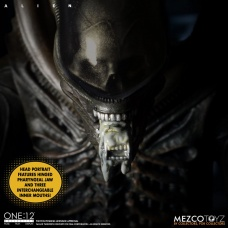 The One:12 Collective: Alien | Mezco Toyz